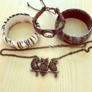 Owl chain and bangles lot